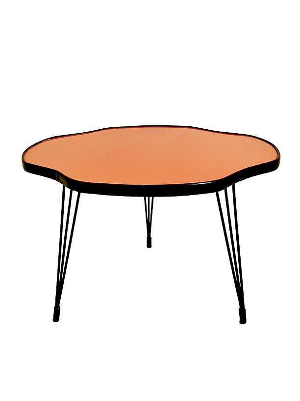 unikvintage64-table rouge