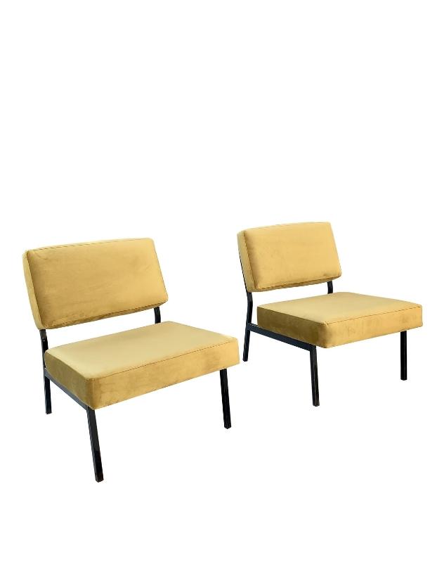 unikvintage64-fauteuil pierre Guariche gold